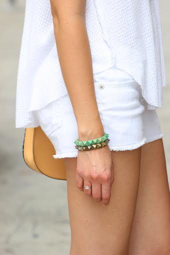whiteoutfitbraceletdetails